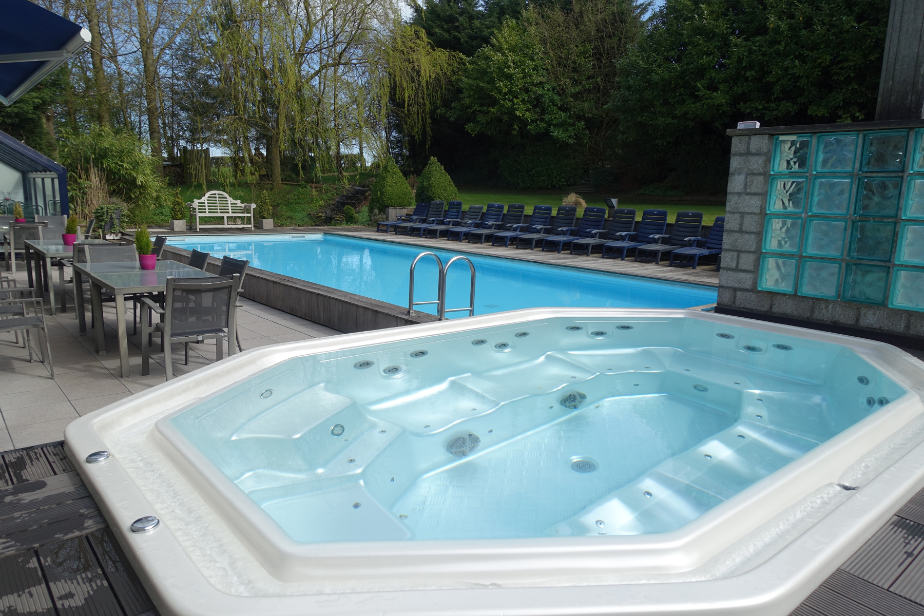 Algue marine centre de wellness thimister for Algue rouge piscine